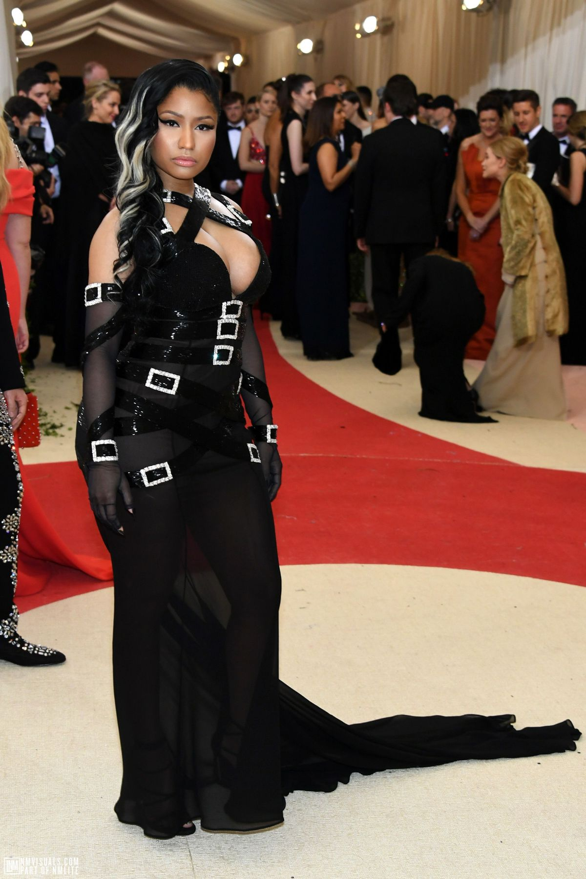 Nicki Minaj sur le Red Carpet du MET Gala!