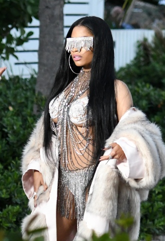 , Miami, FL - 02/27/2017 - Nicki Minaj wears nothing but a fur coat over a very revealing diamond encrusted bikini as she films a music video with rapper Future in Miami Beach, Florida. -PICTURED: Nicki Minaj -PHOTO by: INSTARimages.com -Instar_Nicki_Minaj_in_Miami_10011175014 Editorial Rights Managed Image - Please contact www.INSTARimages.com for licensing fee and rights: North America Inquiries: email sales@instarimages.com or call 212.414.0207 - UK Inquiries: email ben@instarimages.com or call + 7715 698 715 - Australia Inquiries: email sarah@instarimages.com.au Êor call +02 9660 0500 Ð for any other Country, please email sales@instarimages.com. ÊImage or video may not be published in any way that is or might be deemed defamatory, libelous, pornographic, or obscene / Please consult our sales department for any clarification or question you may have - http://www.INSTARimages.com reserves the right to pursue unauthorized users of this image or video. If you are in violation of our intellectual property you may be liable for actual damages, loss of income, and profits you derive from the use of this image or video, and where appropriate, the cost of collection and/or statutory damage.