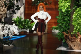 """Host Ellen DeGeneres kicks off her Season 16 premiere of """"The Ellen DeGeneres Show"""" on Tuesday, September 4th by welcoming one of the biggest names in music, the queen of hip-hop, Nicki Minaj, rocking neon orange hair. Nicki addresses her controversial decision to voice her opinion about her album """"Queen"""" debuting at No. 2 behind Travis Scott's """"Astroworld."""" When discussing her love life, the rapper hilariously doesn't hold back about how she enjoys """"exercising"""" three times a day and how she hates cuddling afterward. Then, since Nicki has been paying off fans' student loans and tuition, Ellen and Nicki partnered with Walmart to give three fans $50,000 each to help pay off their student loans, including Jacob Peterson from Shreveport, LA, Lauren Wakefield from Aliso Viejo, CA, and Chrissy Draper from Dayton, OH. In this photo released by Warner Bros., talk show host Ellen DeGeneres is seen during a taping of """"The Ellen DeGeneres Show"""" at the Warner Bros. lot in Burbank, Calif. (Photo by Michael Rozman/Warner Bros.)"""