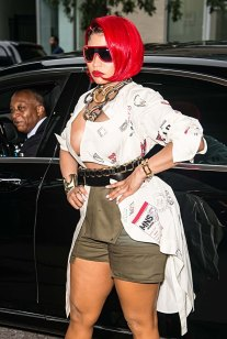 Nicki-Minaj-at-Monse-Runway-Show-6