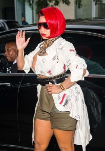 Nicki-Minaj-at-Monse-Runway-Show-7